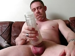 hawt straight daddy tucker masturbating